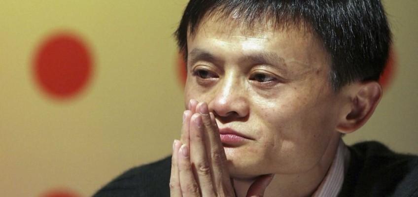 Jack Ma: '35 tuổi mà còn nghèo, đấy là tại bạn!'