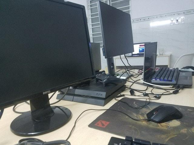 Thiết bị máy tính đa dạng, phần mề đầy đủ